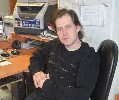 Роман Тарасов в офисе
