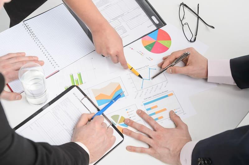 Практиковать систематическое обучение персонала